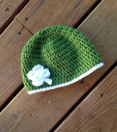 St Patricks day green and white four leaf by HandmadeByAHousewife, $8.00