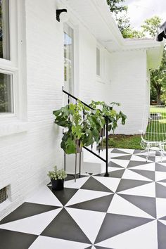 40 Stunning Painted Floor Tiles For Patio Decor Ideas Getting a fresh out of the box new search for your patio has never been simpler. Patios are normally utilized as zones for individual unwinding and diversion, or in some [Continue Read] Painted Cement Floors, Painting Cement, Painting Tile Floors, Painting Tips, Painted Patio Concrete, Patio Paint, Porch Paint, Painted Tiles, Stained Concrete