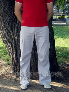 МК_Мужские брюки в стиле «карго». Вид спереди