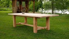 Boomstamtafel van douglas hout Picnic Table, Furniture, Home Decor, Decoration Home, Room Decor, Home Furnishings, Picnic Tables, Arredamento, Interior Decorating