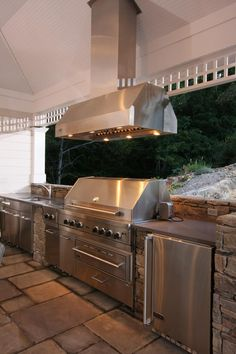 Basic Kitchen Area Concepts For Inside or Outside Kitchen areas – Outdoor Kitchen Designs Rustic Outdoor Kitchens, Outdoor Kitchen Design, Outdoor Spaces, Patio Design, Patio Kitchen, Kitchen On A Budget, Kitchen Ideas, Kitchen Bars, Barn Kitchen
