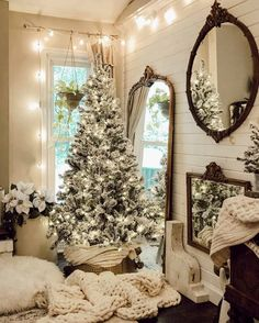 Decorating your home with a flocked Christmas tree is a festive way to celebrate the season and there are so many beautiful ways to decorate them. Flocked Christmas Trees, Cozy Christmas, Christmas Movies, Beautiful Christmas, Christmas Ideas, Simple Christmas, Holiday Ideas, Vintage Christmas, Decoration Christmas