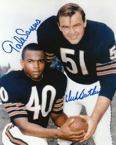 But Football, Nfl Football Players, Bears Football, Football Cards, Football Memorabilia, Baseball Cards, Gale Sayers, Middle Linebacker, Nfl Chicago Bears