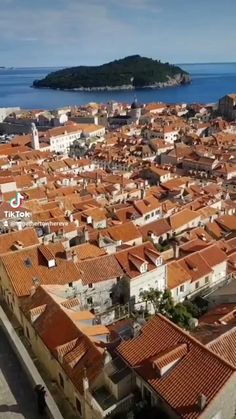 Here are the top things to do in Dubrovnik. This itinerary is complete with all the sightseeing and information you need to know for a one day itinerary in the Old Town of Dubrovnik. Croatia Travel Guide, Things To Do, Old Things, Hidden Places, Dubrovnik Croatia, Amazing Destinations, Where To Go, Old Town, Dolores Park