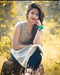 Cute Girl Photo, Beautiful Girl Photo, Beautiful Girl Indian, Beautiful Outfits, Cute Girl Poses, Cute Girls, Girl Pictures, Girl Photos, Selfies