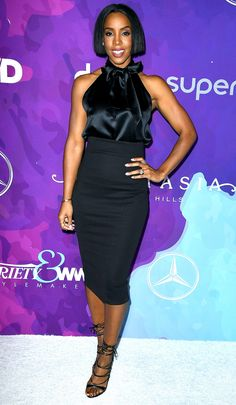 Kelly Rowland in a black halter top and pencil skirt Kelly Rowland Style, Black Women, Sexy Women, Classy Outfits, Black Outfits, Stylish Outfits, Satin Bluse, Nia Long, Night Looks