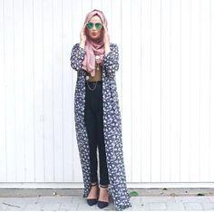 How to wear long cardigan with hijab http://www.justtrendygirls.com/how-to-wear-long-cardigan-with-hijab/