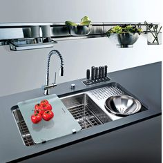 custom-kitchen-installation-sink