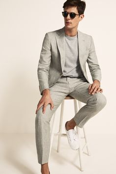 Linen Suits For Men, Mens Casual Suits, Mens Fashion Suits, Trendy Suits For Men, Mens Suits Style, Mens Linen Outfits, Suit Men, Formal Outfits For Men, Mens Summer Wedding Outfits
