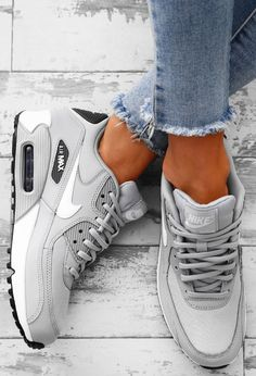 the best attitude 7d6f8 9a802 Nike Air Max 90 Grey Trainers