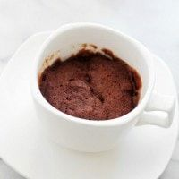 Single Serving Pumpkin Chocolate Mug Cake that is ready in 4 minutes, including prep time! Raspberry Smoothie, Apple Smoothies, Vanilla Whipped Cream, Vanilla Cake, Lemon Recipes, Cake Recipes, Mugcake Recipe, Chocolate Mug Cakes