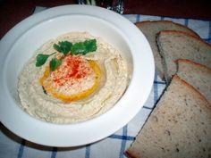 "Hummus aneb ""cizrnová pomazánka"" | Vegblog.cz – Veganské recepty Hummus, Tahini, Food Inspiration, Ethnic Recipes"