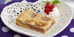 Her er Ingrid Espelid Hovigs egen oppskrift på fyrstekake. Tiramisu, Waffles, Cake Recipes, French Toast, Bread, Baking, Breakfast, Ethnic Recipes, Sweet