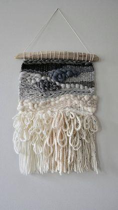 Woven Wall hanging / Weaving / Tapestry / Wall Art / Nursery