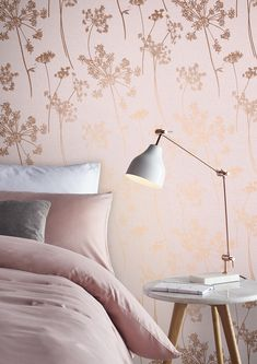 Taking a millennial pink palette and adding delicate rose gold silhouettes, Anthriscus Blush seeks the interest in fascinating detail of the Anthriscus plant. Complete on a stunning textured paper, this beautiful design is timeless and elegant. Pink And Gold Wallpaper, Wallpaper Design For Bedroom, Blush Wallpaper, Home Wallpaper, Wallpaper Designs, Trendy Wallpaper, Rose Gold Room Decor, Rose Gold Rooms, Gold Bedroom Decor