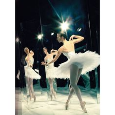 reminds me of black swan :) great movie