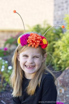 DIY Flower Antennae Headband (...to match the Large Wing Butterfly Costume) | via www.makeit-loveit.com