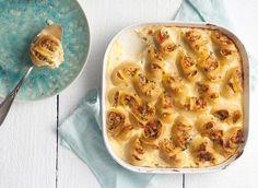 Κοχύλια γεμιστά με πικάντικο κιμά κοτόπουλου Macaroni And Cheese, Ethnic Recipes, Food, Mac And Cheese, Eten, Meals, Diet