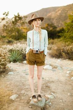 Lifestyle and Editorial |Ben Sasso Safari Outfit Women, Safari Outfits, Camping Outfits, Safari Costume Women, Safari Chic, Mode Safari, Adventure Outfit, Adventure Style, Khakis Outfit