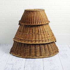 3 Vintage Laundry Baskets Instant Collection by ZinniaCottage Laundry Baskets, Laundry Room, Vintage Laundry, Rattan Basket, Ethnic Style, Family Pictures, Country Decor, Home And Garden, House Design