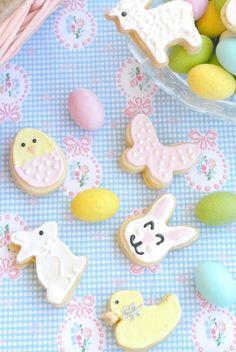 Pasqua è ormai alle porte e quest'anno ho deciso di preparare dei regalini homemade un po' diversi dal solito uovo di cioccolato: dei bis...