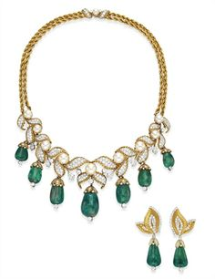 A SET OF EMERALD, DIAMOND AND CULTURED PEARL JEWELRY, BY VAN CLEEF & ARPELS - 1955 | Christie's