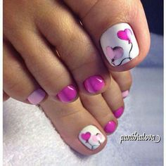 What Christmas manicure to choose for a festive mood - My Nails Pretty Toe Nails, Cute Toe Nails, Fancy Nails, My Nails, Pretty Toes, Pretty Pedicures, Beautiful Toes, Toenail Art Designs, Pedicure Designs