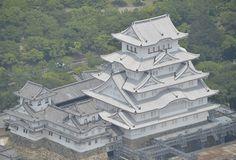 白鷺の輝き、再びまぶしく 姫路城