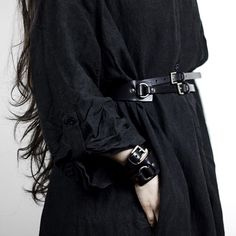 TEO+NG Black leather belt and cuff