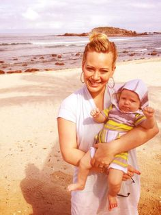 The picture Hilary tweeted of her & her beautiful baby boy, Luca, in Cabo this last week!! Loooove!!