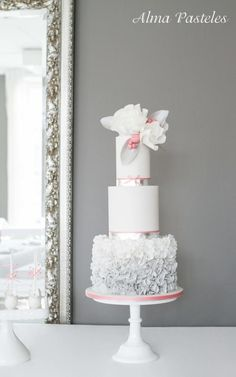 Silver and Rose wedding cake - Cake by Alma Pasteles