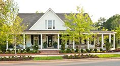 The newest house for Southern Living.  I really like this house!  Simple yet unique with the large front porch!