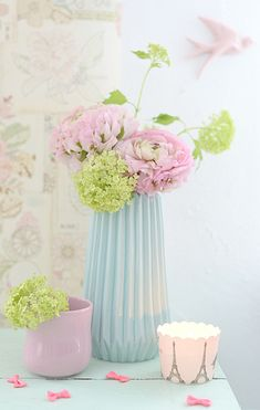 bloomingville vase mint kähler becher mano pink susan liebe porzellanvogel http://www.wunderschoen-gemacht.de/shop/