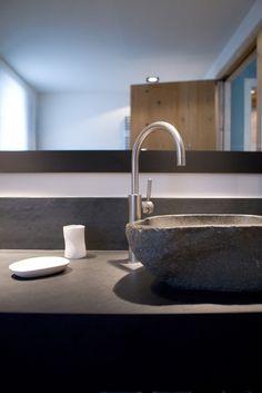 Chalet du golf by Bo Design - Bathroom Kitchen And Bath Design, Design Bathroom, Mountain Cottage, Chalet Style, Brick Texture, Mountain Designs, Basin, Sweet Home, Architecture