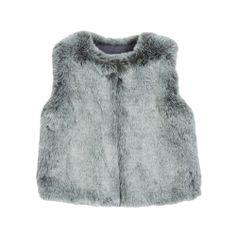 A porter au dessus d'une petite robe ou d'une jupe, la veste en fourrure Fur Gilet est chic, fashion et chaude! (A partir de 65€)