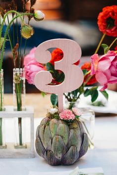 artichoke table number | Jerry Yoon Photographers | Glamour & Grace
