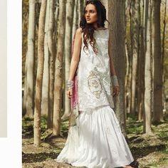 Zara Shahjahan Collection Restocking On Demand.🦋For Booking Call Or Whatsapp Us At 8130626722. #pakistanisuitsindelhi #baroque #pakistanisuit #sairashakira #lawn2017 #khaadi #sanasafinaz #mariab #farazmanan #designer #shalwarsuits #anaya #delhi #kanpur #mumbai #ludhiana #onlineshopping #onlineshoppingindia #embroideries #gulaal #sobianazir #farahtalibaziz #zarashahjahan #clothes #india #agra #gurgaon #punjab #lakmefashionweek #india