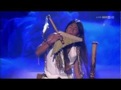 Leo Rojas - El Condor Pasa - Ecuadorian pan flutist who won Germany's Das Supertalent German casting show in Native American Songs, Native American Prayers, Native American Images, Music Film, Music Songs, My Music, Music Videos, Yoga Music, Meditation Music