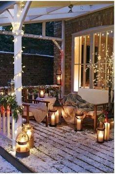 20 Rustic Christmas Home Decor Ideas Winter Porch. Christmas Porch, Country Christmas, Outdoor Christmas, Christmas Lights, Xmas, Christmas Decorations, Christmas Garden, Winter Christmas, Christmas Ideas