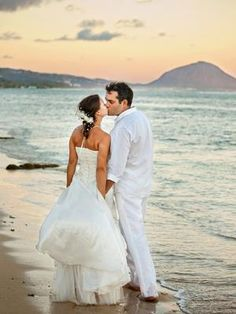 Hawaii destination wedding by @Nat Valik featured in @Destination Weddings & Honeymoons