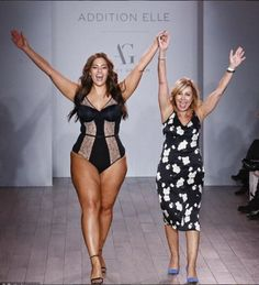 """La mannequin """"grande taille"""" Ashley Graham a présenté mercredi 14 septembre sa ligne de lingerie pour femmes rondes et a ainsi clôturer la Fashion Week à New York en beauté..."""