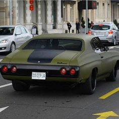 """The very popular Camrao A favorite for car collectors. The Muscle Car History Back in the and the American car manufacturers diversified their automobile lines with high performance vehicles which came to be known as """"Muscle Cars. Custom Muscle Cars, Chevy Muscle Cars, Custom Cars, Chevy Chevelle Ss, Chevy Pickups, Modified Cars, Vintage Trucks, American Muscle Cars, Amazing Cars"""