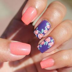 Alternating Cobalt Blue and Peach nails with roses free hand nail art
