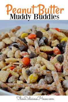 SO GOOD! You are going to love these peanut butter Muddy Buddies filled with pretzels, Reece's Pieces, and delicious Chex cereal. #muddybuddies #peanutbutter Peanut Butter White Chocolate, Chocolate Coconut Cookies, Peanut Butter Pretzel, Peanut Butter Recipes, Chocolate Glaze, No Bake Snacks, No Bake Treats, Yummy Snacks, Peanut Butter Muddy Buddies