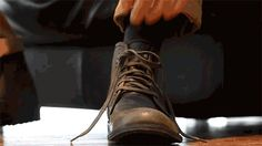 funni humor, hands, ties, prosthet hand, awesom, funni gif, tie shoelac, gif prosthet, hand tie