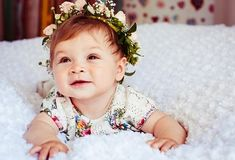 Cute Baby Girl Names for your princess. Chose the name wisely. Funny Baby Faces, Funny Baby Pictures, Funny Babies, Cute Babies, Short Baby Girl Names, Muslim Baby Girl Names, Muslim Girls, Traditional Baby Girl Names, Popular Girl Names