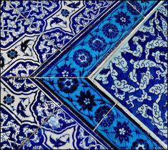 Topkapi tiles, Istanbul, Turkey