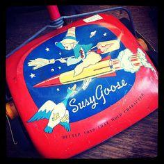 Vintage Susy Goose Toy Vacuum