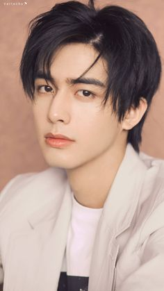 Bright Pictures, Boy Pictures, Handsome Actors, Cute Actors, Korean Men Hairstyle, Dramas, Asian Male Model, Song Wei Long, Korean Drama Best