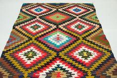 VINTAGE Turkish Kilim Rug Carpet Handwoven Kilim by KilimRugAvenue